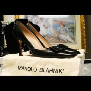 Manolo Blahnik Thurplain, Size 5.5 B